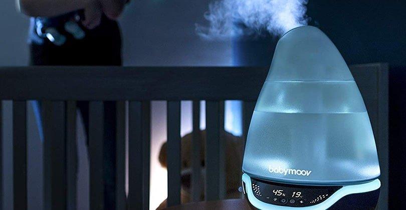 Améliorer le taux d'humidité d'une chambre bébé avec Babymoov Hygro +