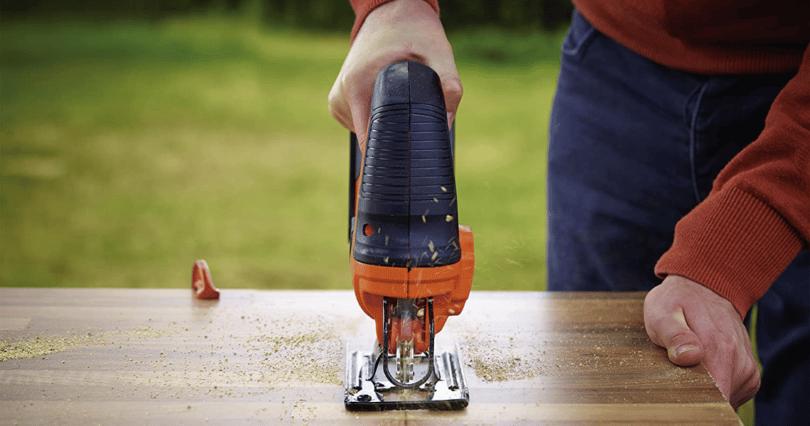 comment utiliser une scie sauteuse